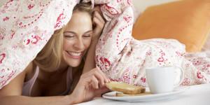 alimente-care-ard-calorii-in-timpul-somnului