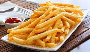 cartofi-prajiti-ca-la-fast-food