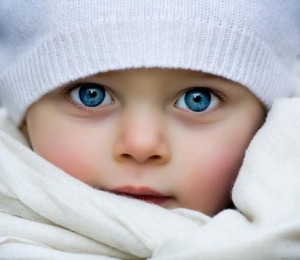 culoare-ochi-bebelusi