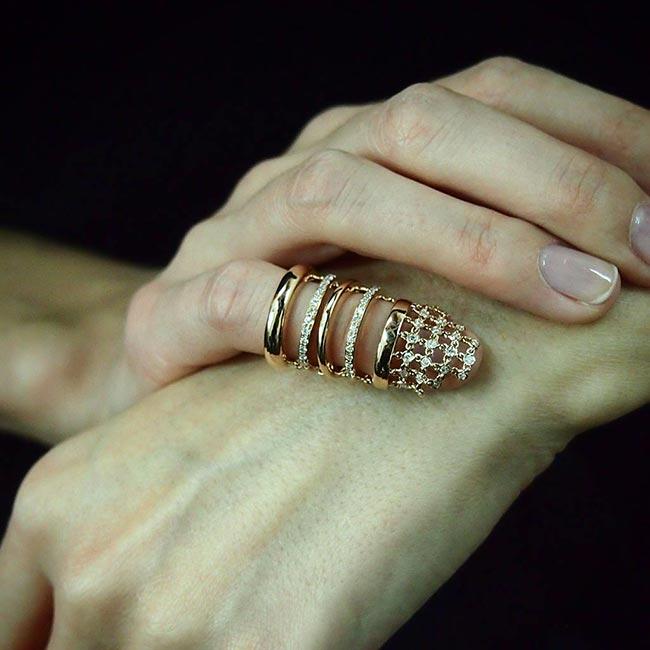 Inel pe unghie