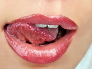 ridurile din jurul gurii