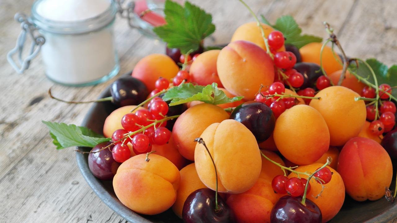 fructe galbene